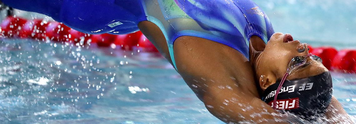Campeã Mundial, Etiene vence os 50m costas no 3º dia de Troféu José FInkel/Taça Correios