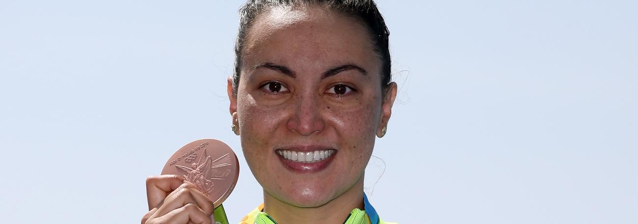 Maratonas Aquáticas - Pioneirismo: O legado de Poliana Okimoto para o esporte aquático do Brasil