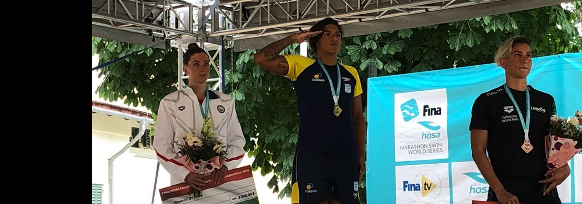 Maratonas Aquáticas - Ana Marcela Cunha vence em Balatonfüred e volta ao topo do ranking do Circuito Mundial