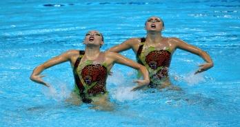 Nado Sincronizado - Dueto brasileiro brilha e é 12º no Mundial de Kazan