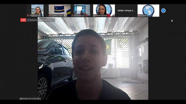 Murilo Cunha é campeão no Leg Kick e destaque brasileiro no I Campeonato Online de Nado Artístico da UANA