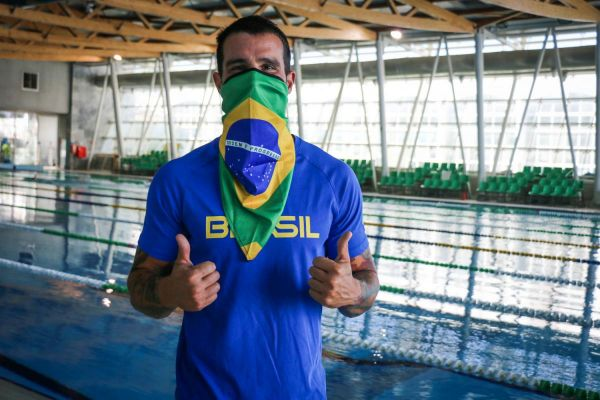 Estrutura do COB na Missão Europa contribui para volta de Bruno Fratus aos treinos