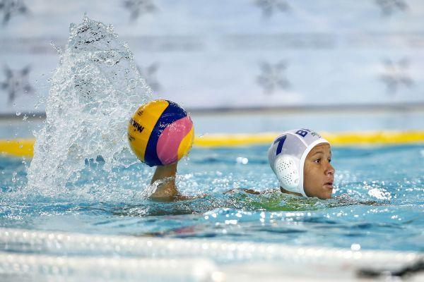 Sul-Americano Dia #05: Seleção feminina de Polo Aquático estreia com duas vitórias em Buenos Aires