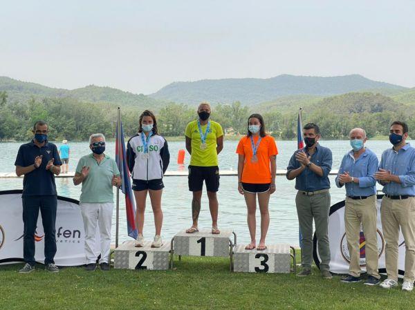 Ana Marcela conquista o ouro nos 5 km do Campeonato Espanhol de Águas Abertas