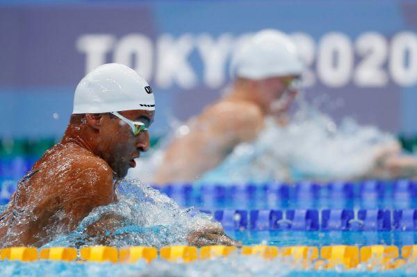 Felipe Lima obtém melhor marca pessoal, repete semifinal de Londres e termina 100m peito na 12ª colocação