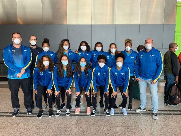 Seleção feminina sub-20 de Polo Aquático embarca para a disputa do Mundial Jr em Israel
