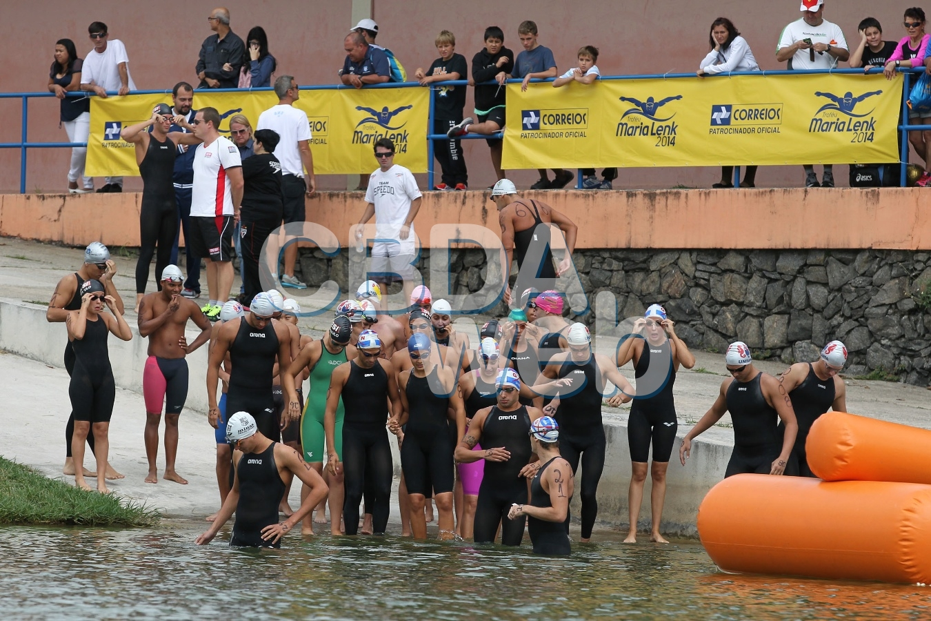 54º Trofeu Maria Lenk de Maratonas Aquaticas na raia Olimpica da USP. 26 de abril de 2014, Sao Paulo, SP, Brasil. Foto: Satiro Sodre/SSPress