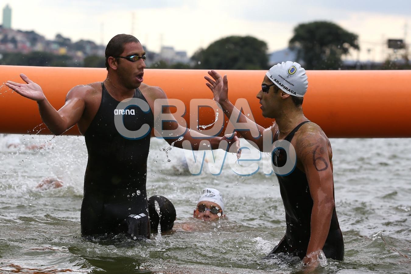 Samuel de Bona, Carlos Rogerio Arapicara. 54º Trofeu Maria Lenk de Maratonas Aquaticas na raia Olimpica da USP. 26 de abril de 2014, Sao Paulo, SP, Brasil. Foto: Satiro Sodre/SSPress