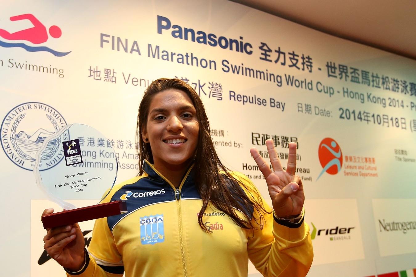 Ana Marcela. Copa do Mundo de Maratonas Aquaticas, etapa Travessia de Hong Kong na Repulse Bay. 18 de Outubro de 2014, Hong Kong. Foto: Satiro Sodre/SSPress.