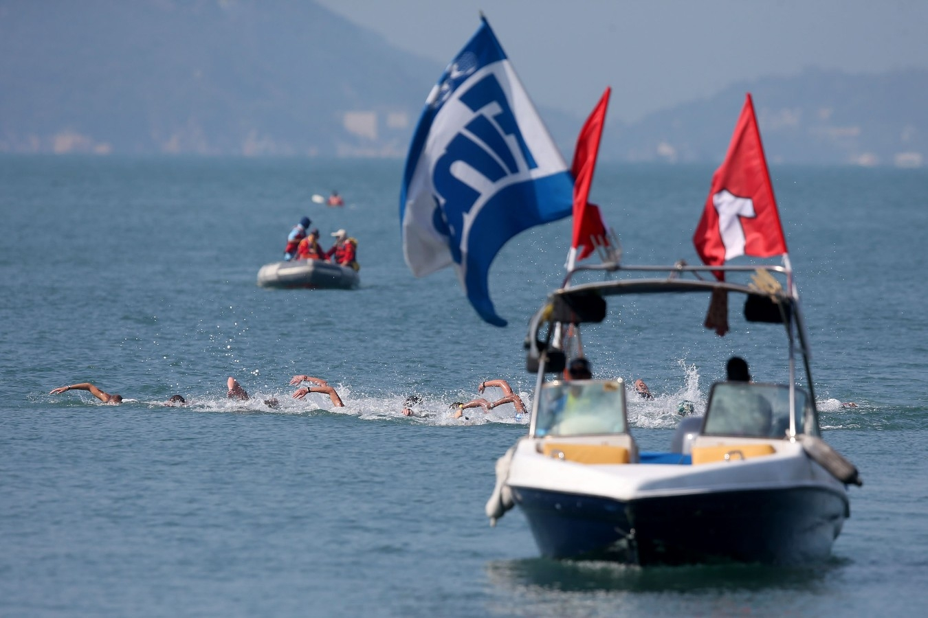 Copa do Mundo de Maratonas Aquaticas, etapa Travessia de Hong Kong na Repulse Bay . 18 de Outubro de 2014, Hong Kong. Foto: Satiro Sodre/SSPress.