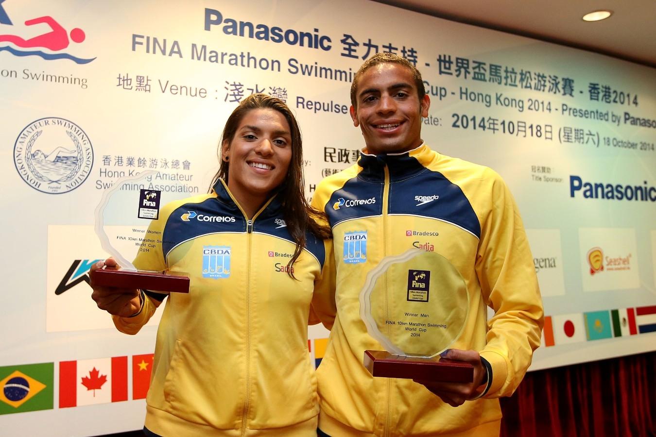 Ana Marcela, Allan do Carmo. Copa do Mundo de Maratonas Aquaticas, etapa Travessia de Hong Kong na Repulse Bay. 18 de Outubro de 2014, Hong Kong. Foto: Satiro Sodre/SSPress.